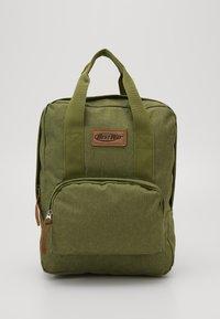 Fabrizio - BEST WAY BACKPACK - Školní taška - olive green - 0