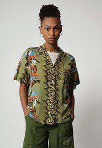 Napapijri - GELOR - Button-down blouse - multi flower - 0