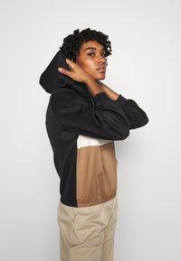 ONLY - ONLSCARLA  - Summer jacket - black/ ecru/ toasted coconut - 3