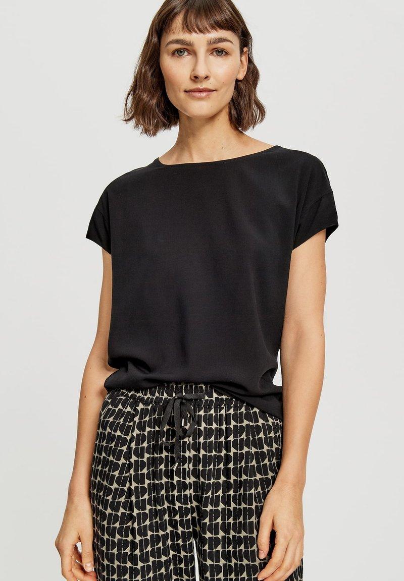 Opus - Basic T-shirt - black