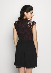 Chi Chi London Petite - SAWYER DRESS - Juhlamekko - black - 2