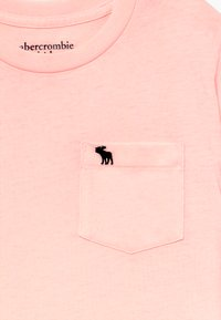 Abercrombie & Fitch - CURVED - T-shirt basic - pink - 3