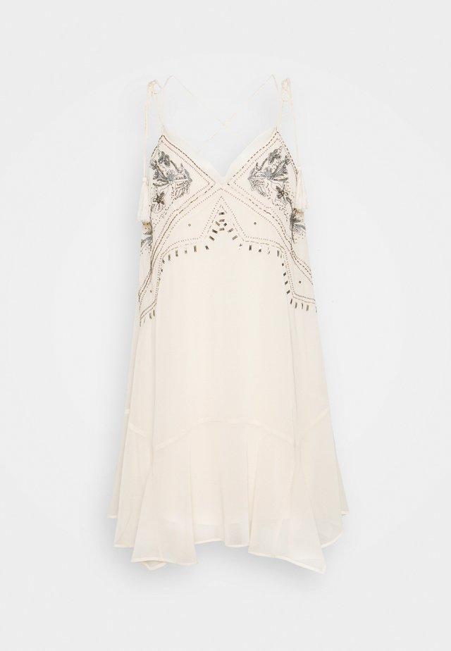ABITO DRESS - Robe de soirée - doll beige