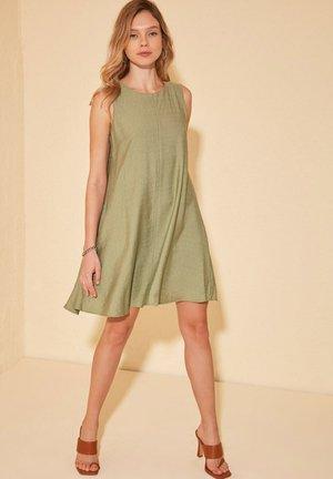 Day dress - green