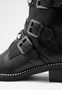Tamaris - Cowboy/biker ankle boot - black - 2