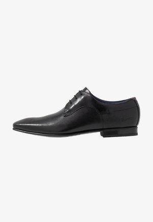TRIFP - Smart lace-ups - black