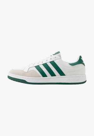 TEAM COURT - Trainers - footwear white/collegiate green