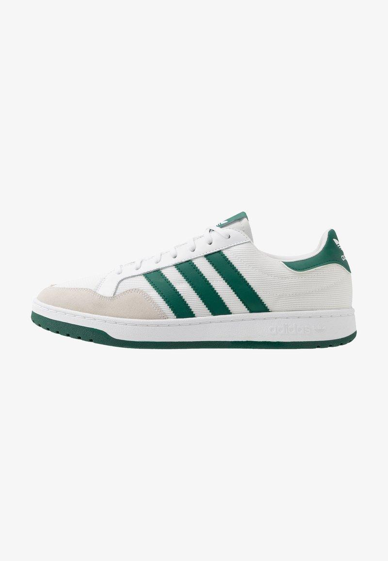 adidas Originals - TEAM COURT - Baskets basses - footwear white/collegiate green