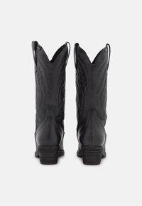 mtng - TEO - Cowboystøvler - black - 3
