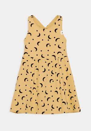 CROSS BACK ONE WORLD MIDI DRESS - Robe d'été - sunshine
