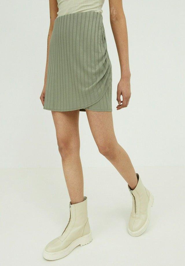 PAISLEY - Wrap skirt - grün