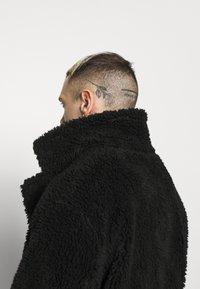 Topman - TEDDY COAT - Classic coat - black - 3
