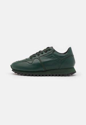 PEPPER - Sneakersy niskie - agave