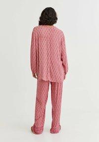 PULL&BEAR - MIT PRINT UND KNÖPFEN - Tunic - mottled light pink - 2