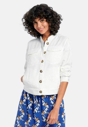 MIT KNOPFLEISTE - Summer jacket - offwhite
