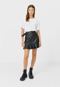 Stradivarius - Mini skirt - black - 1