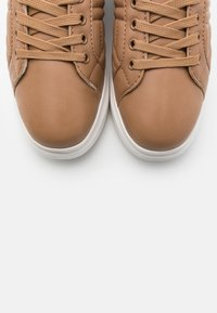 NA-KD - QUILTED - Trainers - beige - 5