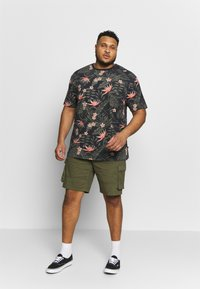 Only & Sons - ONSCAM CARGO - Shorts - olive night - 1
