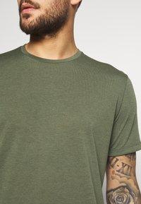 Houdini - BIG UP TEE - T-shirt basic - utopian green - 4
