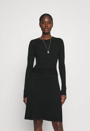JOYCE DRESS 2-IN-1 - Jumper dress - black