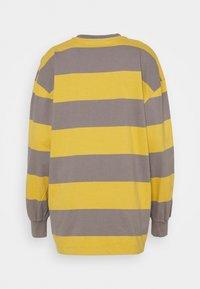 Han Kjøbenhavn - BOXY TEE - Long sleeved top - yellow - 7