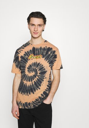 SPECIAL EDITION UNISEX - Print T-shirt - orange
