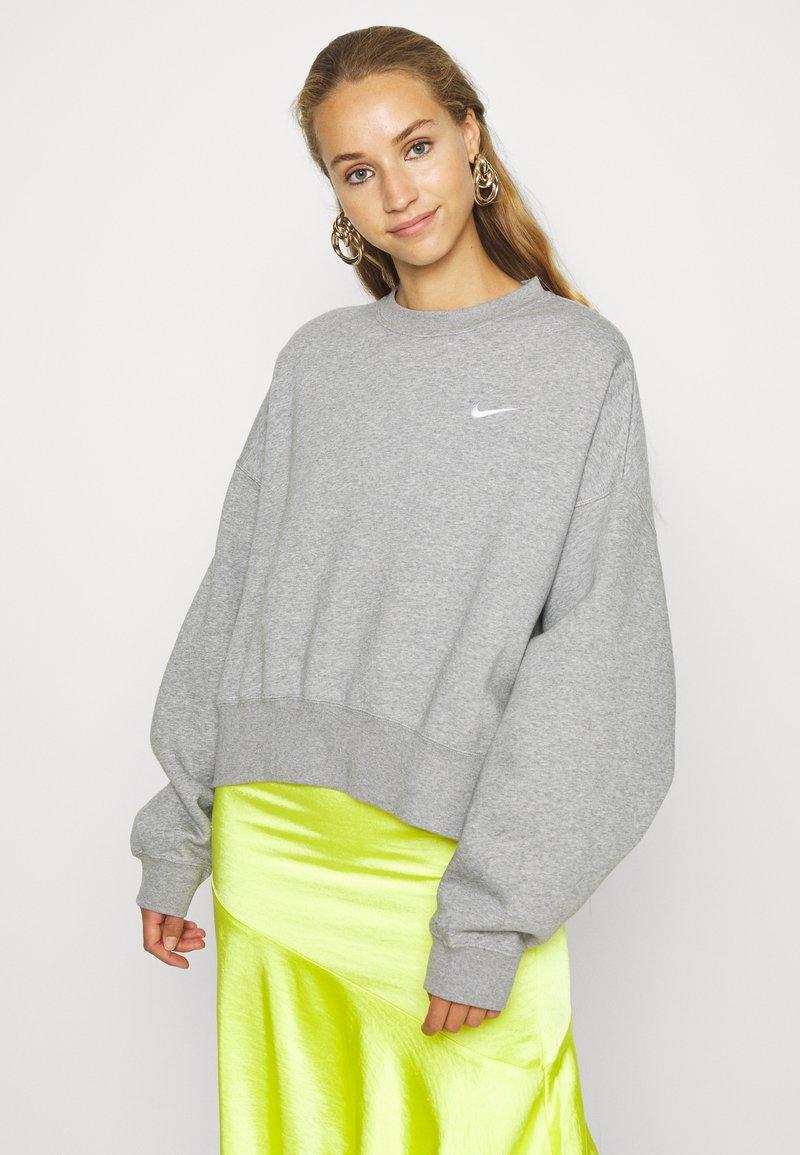 Nike Sportswear - CREW TREND - Sweatshirt - grey