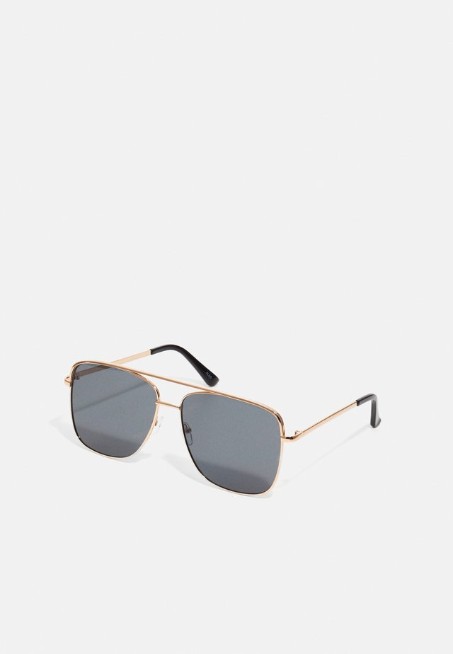 AGRAEDDA - Sunglasses - gold-coloured