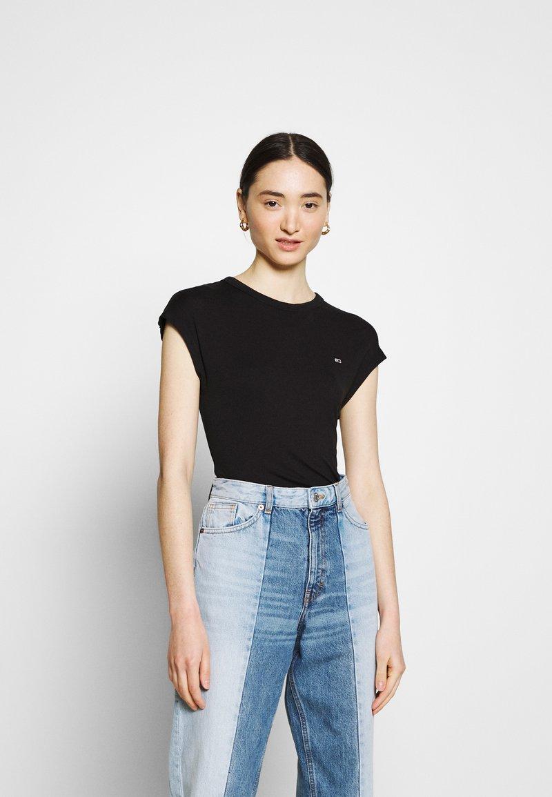 Tommy Jeans - Basic T-shirt - black