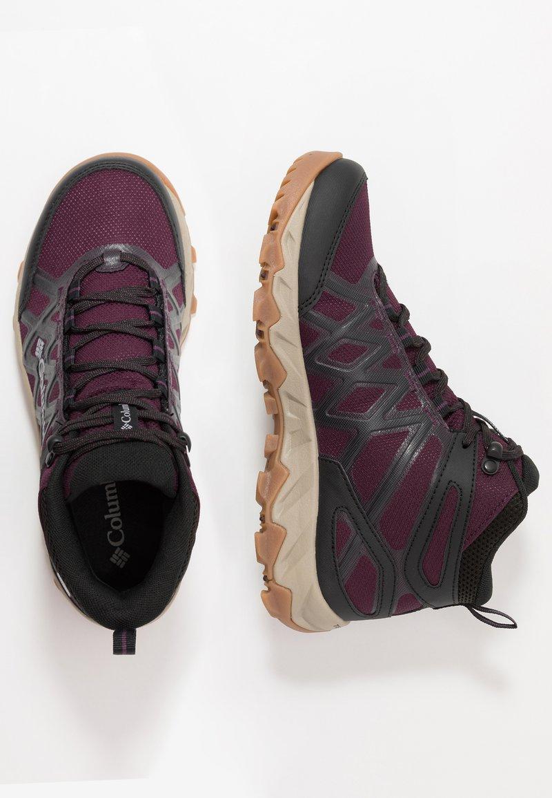 Columbia - PEAKFREAK X2 MID OUTDRY - Hiking shoes - black cherry/columbia grey