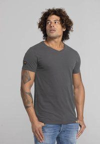Liger - LIMITED TO 360 PIECES - Basic T-shirt - dark grey - 3