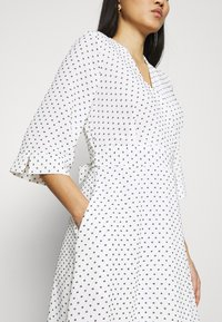 Closet - CLOSET HIGH LOW WRAP DRESS - Day dress - white - 4