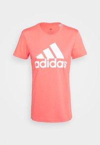 adidas Performance - BOS TEE - T-shirts med print - orange/white - 3