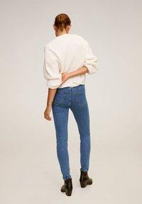 Mango - MIT HOHEM BUND NOA - Jeans Skinny Fit - mittelblau - 2