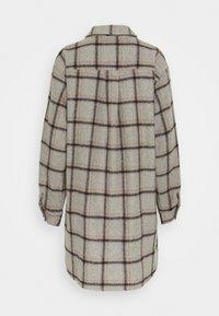 Selected Femme Tall - SLFVANESSA LONG JACKET - Summer jacket - grey/black/yellow - 1
