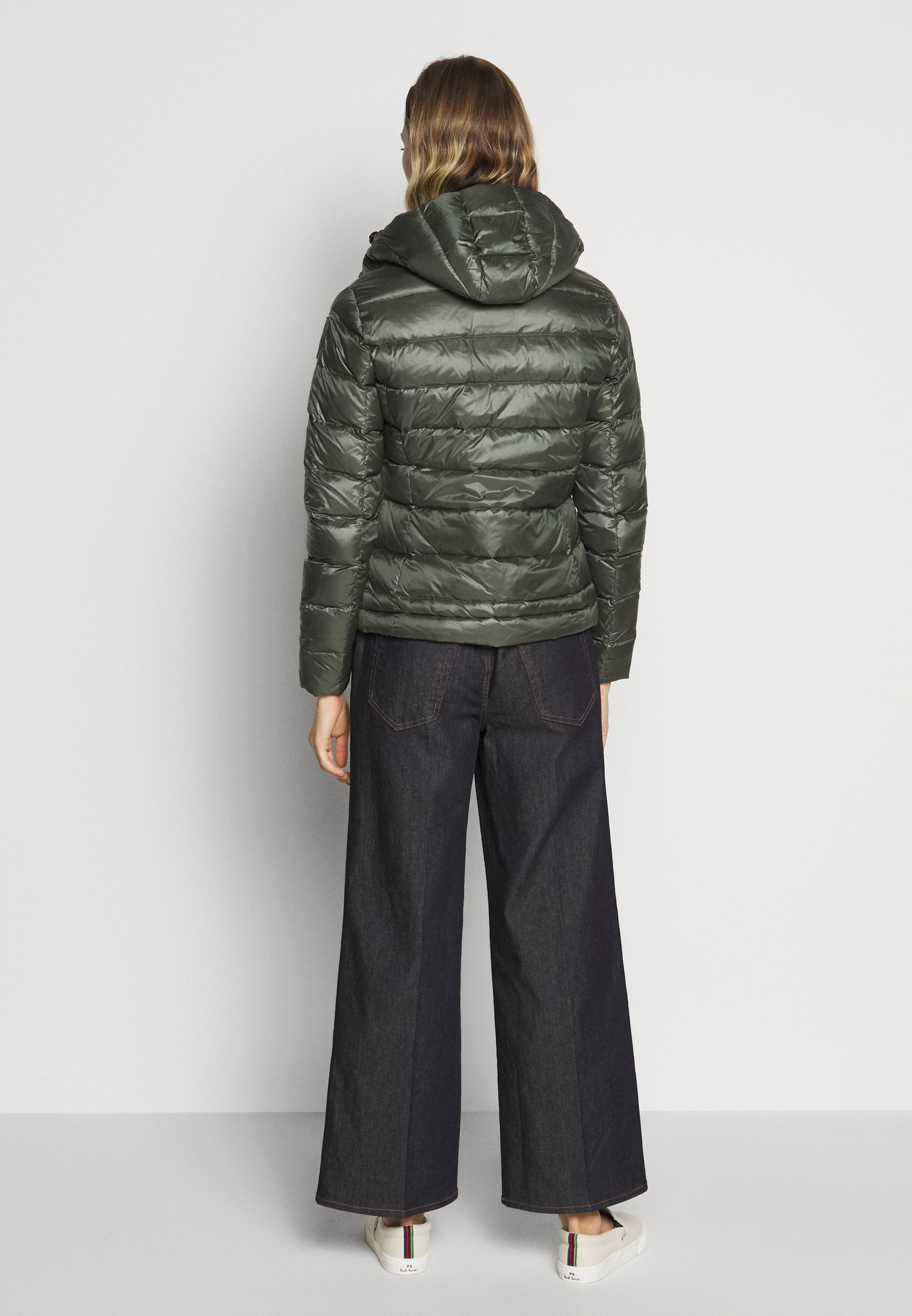 Amazing Price Women's Clothing Blauer GIUBBINI CORTI IMBOTTITO PIUMA Down jacket olive tPjc8NwYb