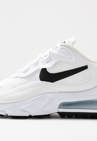 Nike Sportswear - AIR MAX 270 REACT - Sneakersy niskie - white/black/metallic silver - 2