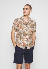 Gianni Lupo - HAWAIIAN - Shirt - MUD - 0