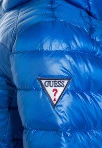 Guess - JACKET CORE STRETCH - Bunda zprachového peří - blue romance/bleu - 4