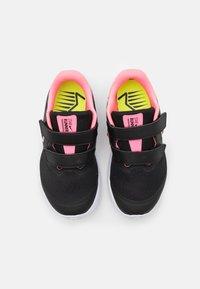 Nike Performance - STAR RUNNER 2 UNISEX - Neutrální běžecké boty - black/sunset pulse/white - 3
