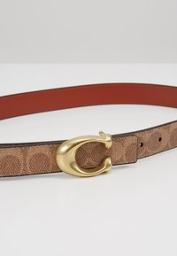 Coach - SCULPTED COATED REVERSIBLE SIGNATURE BELT - Cintura - tan/rust - 5
