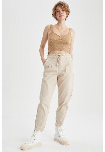 Pantalon de survêtement - pink