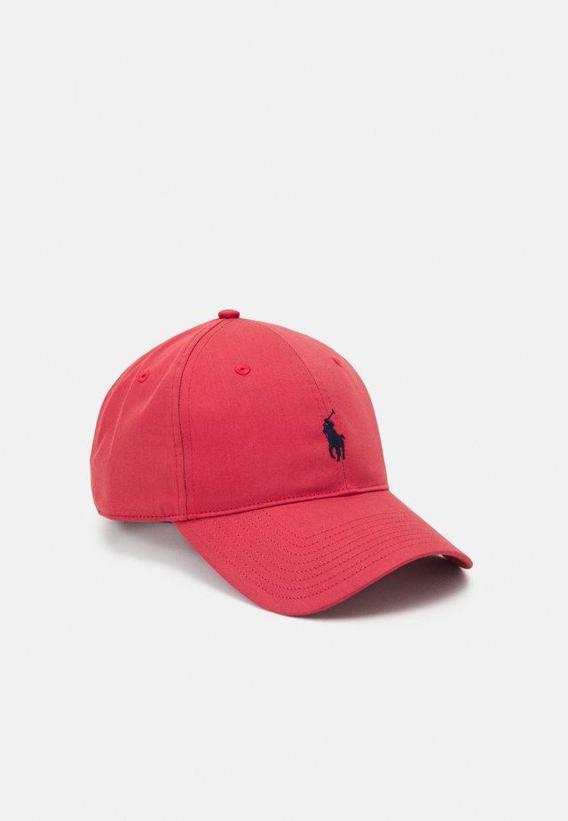 FAIRWAY HAT - Cap - nantucket red