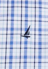 Newport Bay Sailing Club - SMART CHECK - Koszula - light blue - 6