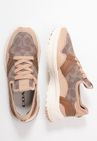 Coach - RUNNER WITH SIGNATURE AND METALLIC - Sneakers - beechwood/tan - 3