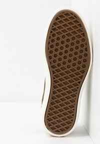 Vans - PARADOXXX - Sneakersy niskie - beech/marshmallow - 4