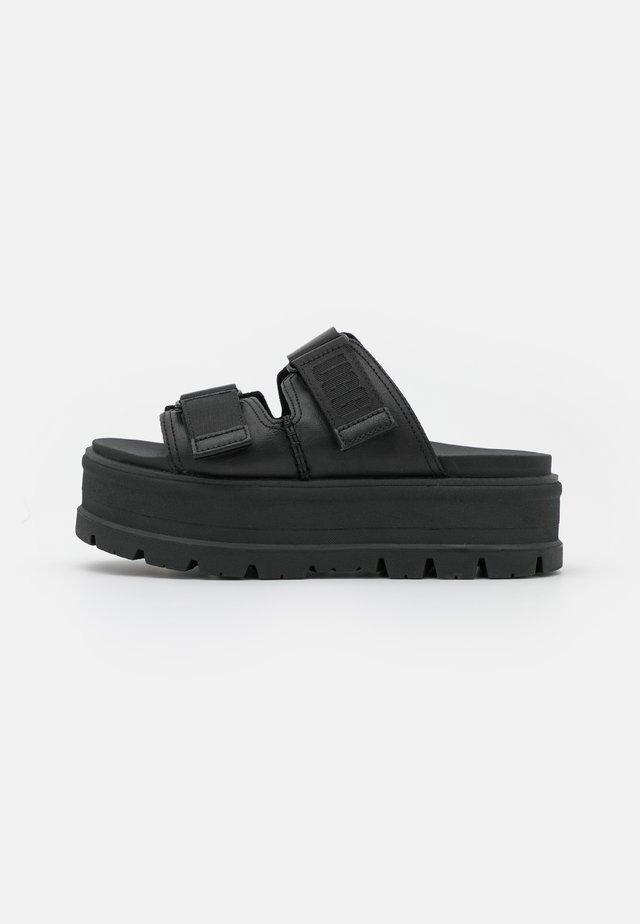 CLEM - Klapki - black