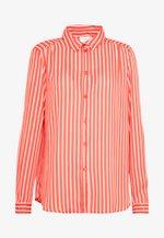 VILUCY BUTTON - Button-down blouse - dusty cedar/snow white