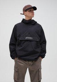 PULL&BEAR - Summer jacket - black - 0
