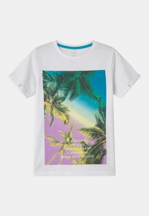 NKMZOCCA  - Print T-shirt - bright white